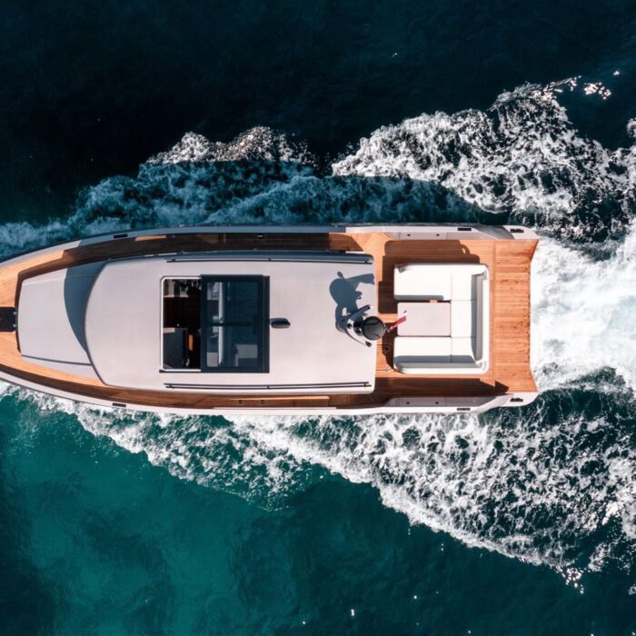 Glaciere 48ft leisure yacht