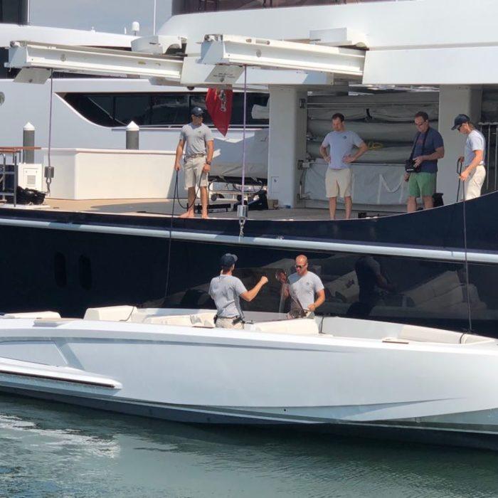 VQ Tender to superyacht